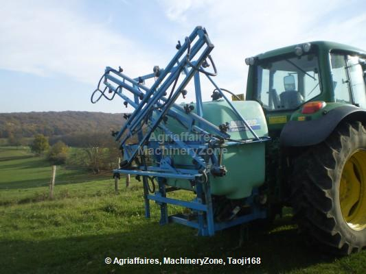 Tractor-mounted sprayer